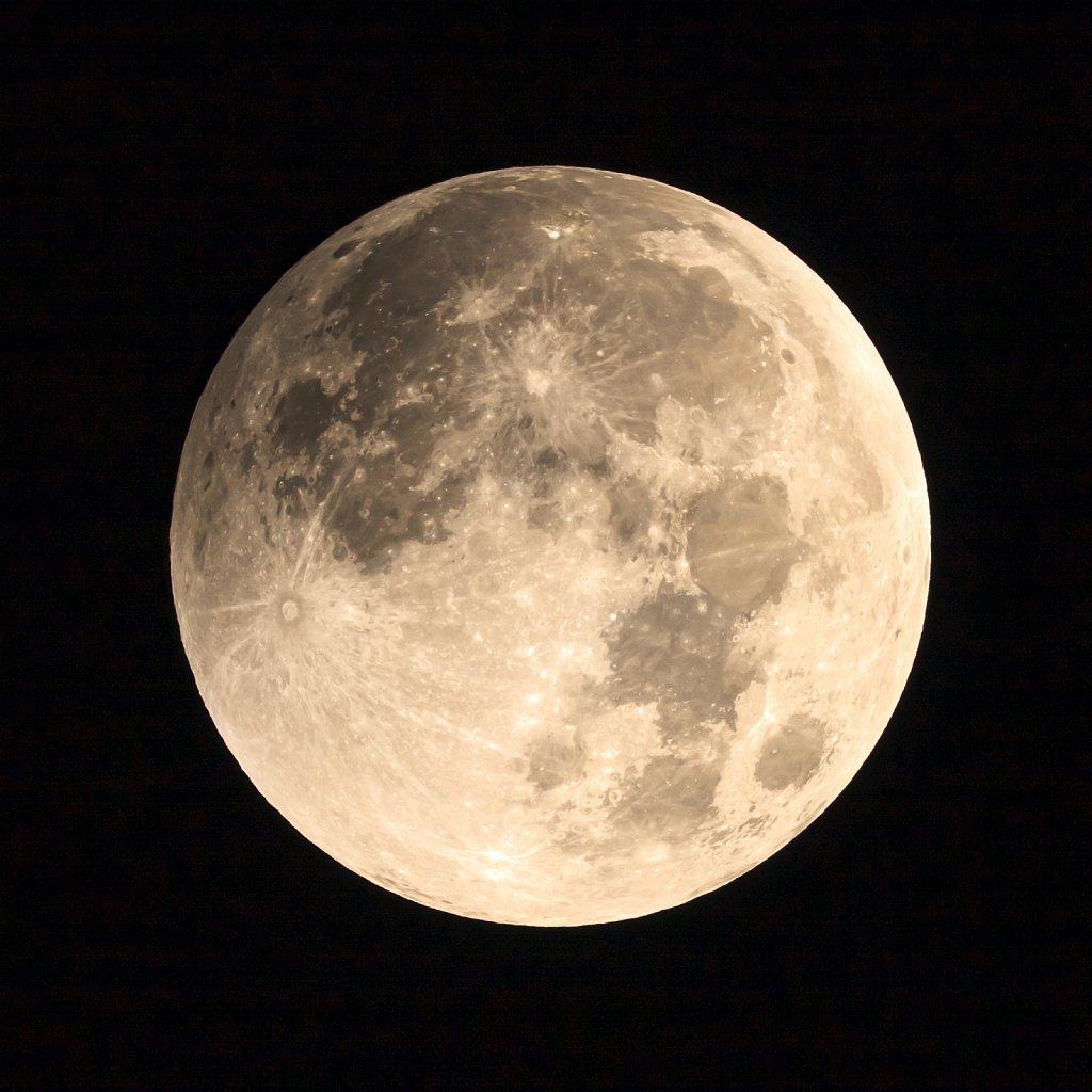 2014 Lunar Eclipse 1