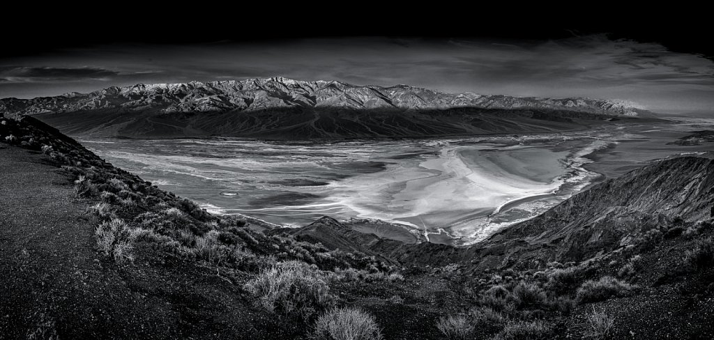 Death-Valley-2017-20170205-065542-1723-Pano-2-2.jpg