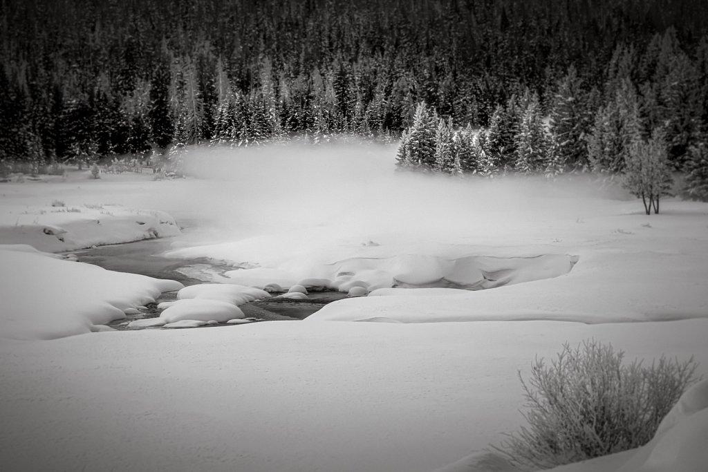 Yellowstone-Jan-2009-020109-1586-668.jpg